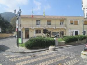 La sede del comune di Ischia (fonte: quischia.it)