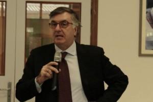 IN VIAGGIO CON FRANCESCO, MASSIMO MILONE INCONTRA GLI STUDENTI DEL TELESE (VIDEO)