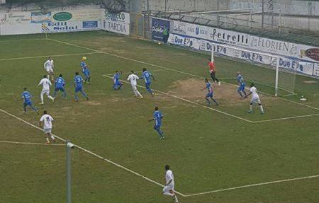 CALCIO, L'ISCHIA NON PASSA A MARTINA FRANCA: AL TURSI FINISCE 3-3